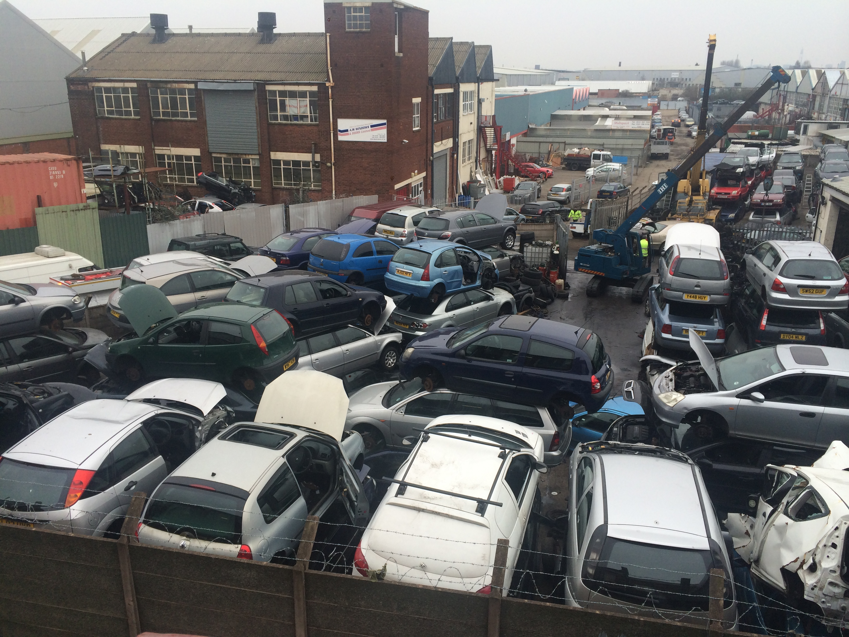 Auto salvage yards that buy cars near me